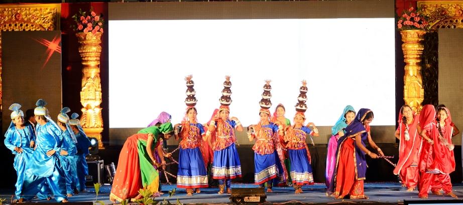 indian folk dance information